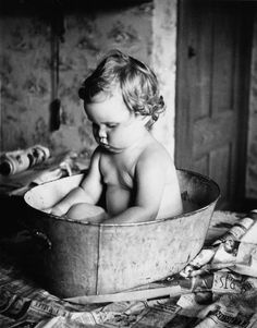 +~+~ Antique Photograph ~+~+   Cutie patootie in a tin tub.