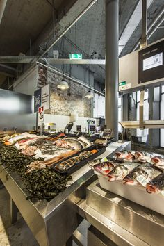 1000 images about fish market on pinterest seafood for Melchior interieur den haag