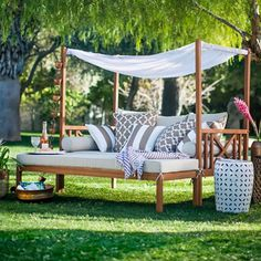 Patio & Garden Belham Living Brighton Outdoor Daybed and Ottoman - Natural Patio Daybed, Outdoor Daybed, Outdoor Decor, Double Chaise Lounge Outdoor, Daybed Canopy, Pallet Daybed, Patio Bench, Canopy Swing, Outdoor Loungers