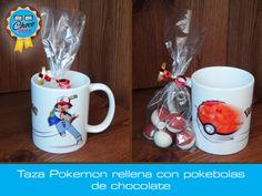 Taza de cerámica decorada con Pokemon, rellena con pokebolas #ChocoGeek