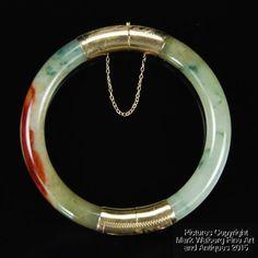 Chinese Jadeite Jade Bangle Bracelet with Gold Mounts Stamped 14K, 20th Century