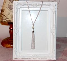 Vintage/flapper/Gatsby/1920 s silver plate necklace with pearl beads & tassel