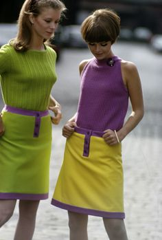 Style Mistakes: 18 Worst Fashion Trends From the ~ vintage everyday 1960s Mod Fashion, 60s Fashion Trends, Sixties Fashion, Retro Fashion, Vintage Fashion, 50 Fashion, Fashion Styles, Sporty Fashion, Workwear Fashion