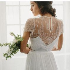 Cheap wrap round, Buy Quality wrap material directly from China wrap full Suppliers: Elegant Lace Sheer Short Bridal Wraps O-neck With Button Wedding Jackets Wedding Bolero Wedding Accessories 2017
