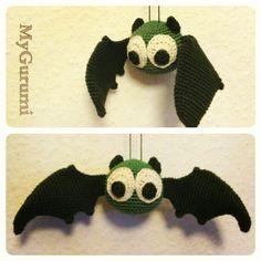 Amigurumi Bat - free crochet pattern and tutorial