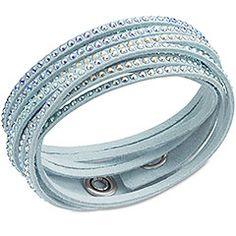 http://wondershop.net/tooluxe-swarovski-slake-multi-ab-bracelet.html · Swarovski Slake Multi AB Bracelet·Confortable et facile à porter, ce bracelet en Alcantara® bleu polaire est orné de Crystal Aurore Boreale. Il s'enroule autour de votre poignet et s'associe facilement avec d'autres bracelets. Le fermoir consiste en deux boutons pressions, vous permettant de régler la taille.. Size :36 Prix EUR : 69.00 €