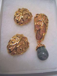 1990 Jose Barrera  Avon Venetian Mist Clip Earrings & Pin Enhancer Marbled Green #JoseMariaBarrerraforAvon #DropDangle
