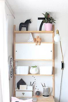 Creative Space | Black, white, pink