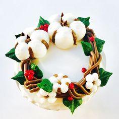 Esse é minha paixão! E se o foco nas vendas de Natal forem os cupcakes? Faremos também....um mais lindo do que o outro!!!🎅🏻🎈😍 Criando modelos para o CURSO DE CHANTININHO ESPECIAL DE NATAL! Com minha querida amiga @elisapradocakearts, com receitas exclusivas, preparações e decorações inéditas e ao final ainda cada aluno leva para casa seu próprio bolo montado e decorado! Perfeito, com todas as dicas e truques para que os bolos com CHANTININHO sejam o sucesso das suas vendas de Natal…