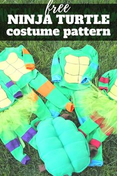 Full step by step tutorial on how to make your own Teenage Mutant Ninja Turtles costumes.  Great for Halloween or just as fun pajamas all year long. Halloween Sewing, Fall Sewing, Halloween Crafts For Kids, Halloween Projects, Sewing For Kids, Halloween Fun, Star Wars Costumes, Diy Costumes, Costume Ideas