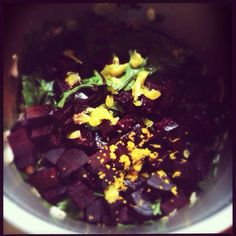 Ρεβίθια με παντζάρια Acai Bowl, Salads, Breakfast, Food, Acai Berry Bowl, Morning Coffee, Essen, Meals, Yemek
