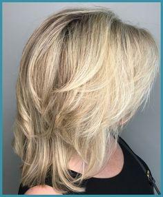 70 Perfect Medium Length Hairstyles for Thin Hair - - Medium Choppy Cut For Fine Hair Shoulder Length Layered Hair, Mid Length Hair, Shoulder Length Hair, Thin Hair Styles For Women, Medium Hair Styles, Curly Hair Styles, Medium Thin Hair, Medium Cut, Medium Layered
