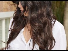 Silky soft waves hair tutorial. This video is great and can be used on almost any length!