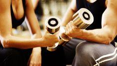 Damos-lhe a conhecer alguns dos exercícios mais eficazes para o fortalecimento dos seus braços