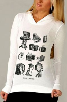 photography shirt  vintage design PHOTOGRAPHIE by ToTheMoonAndBack, $28.00