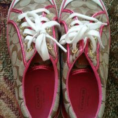 Coach shoes Coach shoes size 7 good condition Coach Shoes