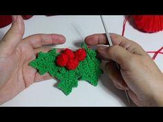 Christmas Crochet Patterns, Crochet Flower Patterns, Crochet Flowers, Crochet Christmas Decorations, Xmas Ornaments, Crochet Angels, Pineapple Crochet, Crochet Videos, Crochet Squares