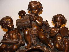Bronze Figur Gruppe Mythologie musizierende Putti Akt 37 cm 13 kg museal 19. Jh.