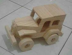 Fernando Reis  Carrinhos de madeira