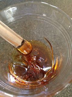 Home made wax for eyebrows