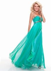 Fashion & Sexy Prom Dresses Onsale at LuckyWeddingGowns.com