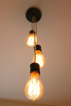 Triple Edison Bulb Light Fixture with Twisted Fabric Wire// Mimialistic// Simple Fun Lighting