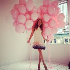I like this idea for graduation pictures. (red and black balloons, of course) Grad Pics, Graduation Pictures, Senior Pics, Senior Pictures, Barbie, Thalia, Graduation Photoshoot, Black Balloons, Everything Pink