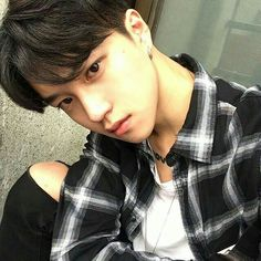 44 Ideas for wall paper couple ulzzang Boys Korean, Korean Boys Ulzzang, Korean Couple, Ulzzang Couple, Ulzzang Boy, Asian Boys, Asian Men, Cute Asian Guys, Cute Guys