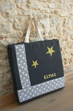 UN JOLI SAC POUR LE MATELAS DU LIT PARAPLUIE D'ELYAS !…   Mes petites coutures