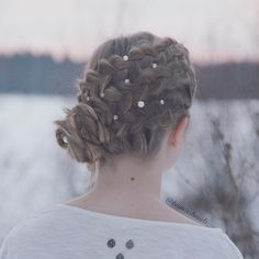 "B I A N C A S B R A I D S on Instagram: ""Another view of yesterday's updo❄️"""