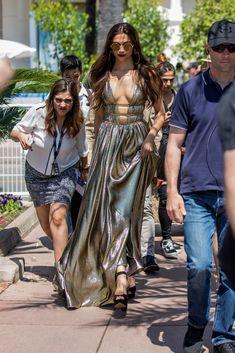 All About Bollywood - Hindustan Pretty Bollywood Bikini, Bollywood Girls, Indian Bollywood, Bollywood Fashion, Bollywood Actress Hot Photos, Beautiful Bollywood Actress, Bollywood Celebrities, Bollywood Actors, Hot Actresses