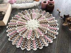 Crochet Leaf Patterns, Crochet Leaves, Baby Knitting Patterns, Crochet Designs, Crochet Stitches, Bead Embroidery Tutorial, Beaded Embroidery, Modern Crochet, Teaching Kids