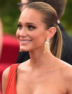9 Times Hannah Davis Hit a Beauty Home Run With Her Hair and Makeup