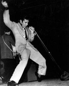Elvis Presley #1957 #on stage