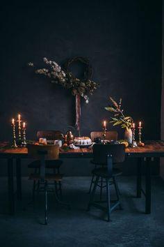 67 Stylish Halloween Dining Room Decoration Ideas - About-Ruth Casa Magnolia, Turbulence Deco, Dining Room, Dining Table, Dining Area, Interior Decorating, Interior Design, Decorating Ideas, Room Interior