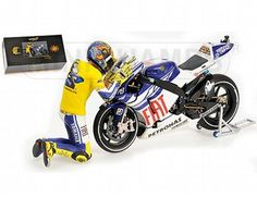 This diecast model motorbike replicates in stunning detail, the Fiat Yamaha MotoGP bike used by Valentino Rossi during the 2010 Valencia race.