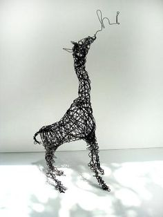 wire sculpture #art #sculpture pls visit us > www.facebook.com/skalapeter7 ♡