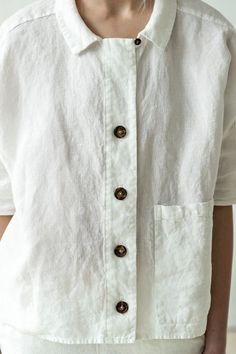 NEW White linen shirt Summer linen shirt Button linen top White Linen Shirt, White Shirts, Blouse En Lin, Oversized Jacket, Linen Jackets, Light Jacket, Linen Dresses, Ideias Fashion, Linen Tops