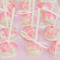 Another cake pop decorating idea