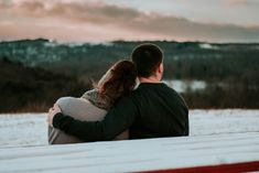 Marriage relationship goals - couple hugging on snowy bench Real Relationships, Marriage Relationship, Marriage Advice, Aquarius Relationship, Broken Marriage, Dating Humor, Dates And Diabetes, Letters To My Husband, Day Date Ideas
