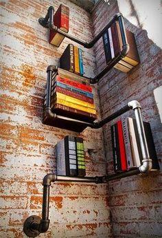 パイプの本棚