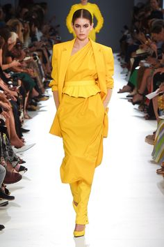 Max Mara Spring 2019 Ready-to-Wear Collection - Vogue