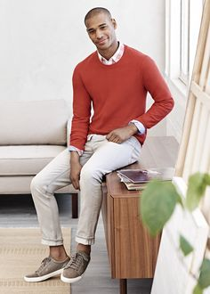 Add a pop of color to your casual look with our ultra soft burnt orange cotton and cashmere crewneck sweater | Banana Republic