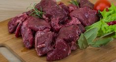 Backstrap Has Never Tasted Better Looking for the perfect venison marinade? If it's worth using, you can bet that it's going to be on this list. Venison Marinade, Cooking Venison Steaks, Venison Meat, Venison Recipes, Brine Recipe For Venison, Smoker Recipes, Beef Meals, Roast Beef, Diet