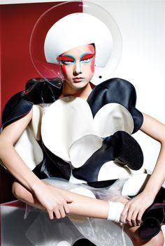 Yumi Lambert - 10 Magazine - Spring 2015 - Editorial | TheImpression.com