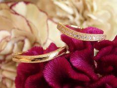 イタリア語で「流れ」という意味の、フルッソ。ゆるやかなUの字のフォルムが印象的。 [結婚指輪,マリッジリング,オーダーメイド,marriage,wedding,bridal,ウエディング,ブライダル,K18,Gold]