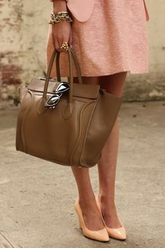 my one exception of the color brown is anything with this shade of blush, and that leather bag...delicious!(;