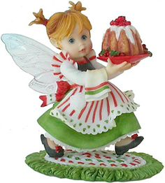 My Little Kitchen Fairies - Plum 'Puddin' Fairie will be the perfect hostess with a beautiful holiday favorite!