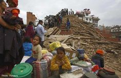 india earthquake 2015 nepal | Nepalese dig with bare hands for quake survivors as toll exceeds 1,900