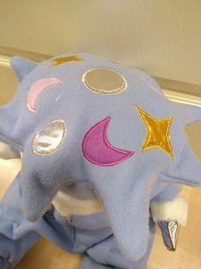 Empatidukker og dyr - Amajo AS Alzheimers, Dinosaur Stuffed Animal, Pillows, Toys, Animals, Dog, Activity Toys, Animaux, Cushion